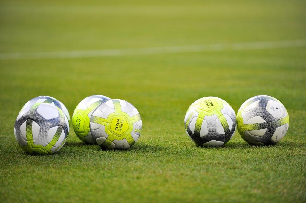 Ligue-1-Conforama-3-1024x681 Футбольный бренд uhlsport