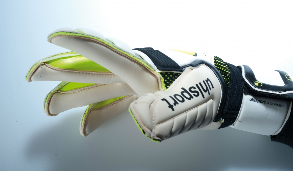 Kroi_4_Absolutroll-1024x598 Крой вратарских перчаток на примере моделей uhlsport