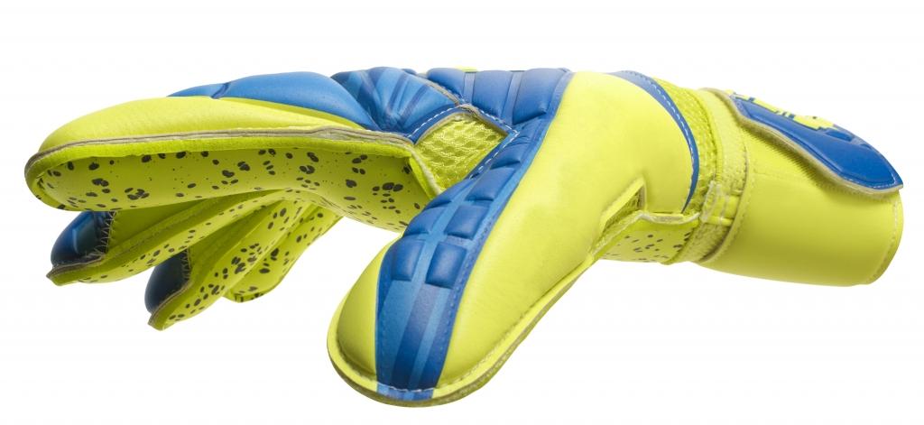 Kroi_7_HUGO_LLORIS-1024x471 Крой вратарских перчаток на примере моделей uhlsport