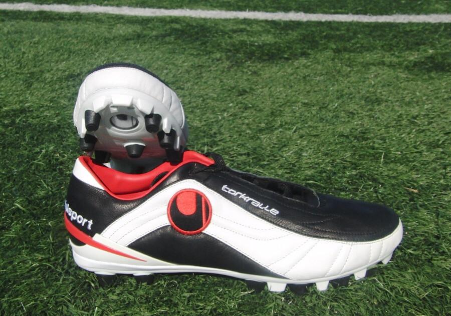 Uhlsport-Torkralle Выбор футбольной обуви в интернет-магазине